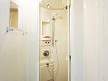 東トイレ・シャワー棟